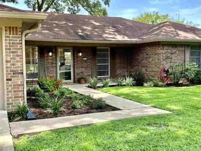 3014 KEYSTONE ST, Longview, TX 75605 - Photo 2