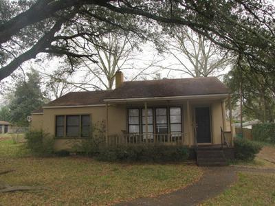 309 SLAYDON ST, HENDERSON, TX 75654 - Photo 1