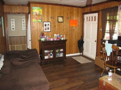 204 PARNELL DR, Henderson, TX 75654 - Photo 2