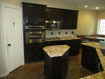 629 COLLINS CREEK RD, Hallsville, TX 75650 - Photo 2