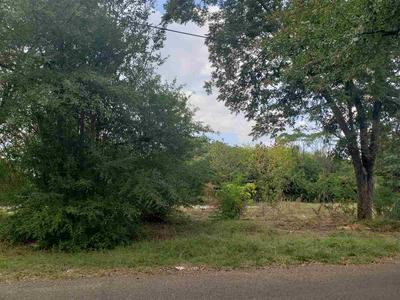 619 BUTLER DR, Longview, TX 75602 - Photo 1