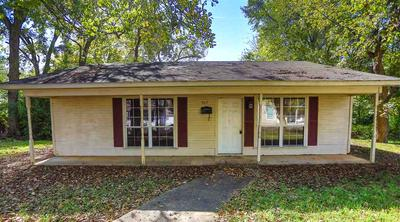 602 E HOUSTON ST, Marshall, TX 75670 - Photo 1