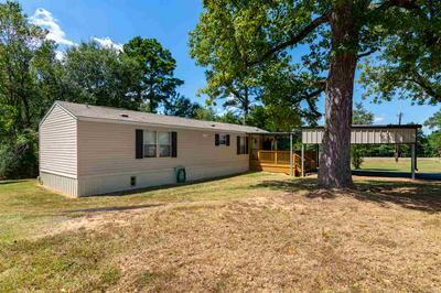 19572 COUNTY ROAD 2202D, Tatum, TX 75691 - Photo 2