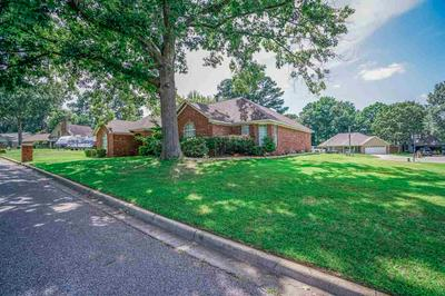 1101 KENSINGTON CT, Longview, TX 75605 - Photo 2