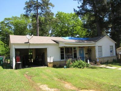 204 PARNELL DR, Henderson, TX 75654 - Photo 1