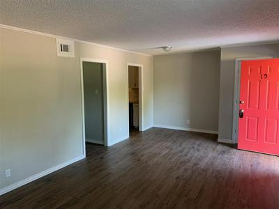 429 JOHNSON ST APT 24, Longview, TX 75602 - Photo 2