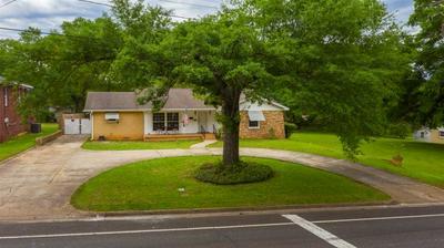 327 N VAN BUREN ST, Henderson, TX 75652 - Photo 2