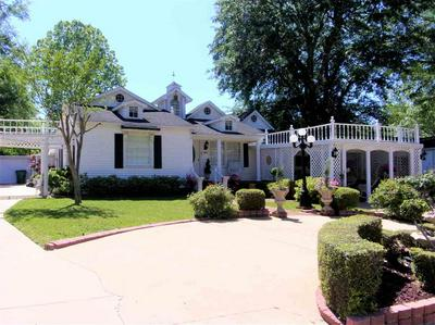 205 FORREST ST, HENDERSON, TX 75654 - Photo 2