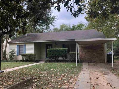 1001 COLE DR, Longview, TX 75602 - Photo 2