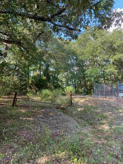 107 ARCHER ST, White Oak, TX 75693 - Photo 2