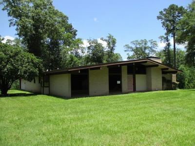 365 ROYAL RD, JEFFERSON, TX 75657 - Photo 2