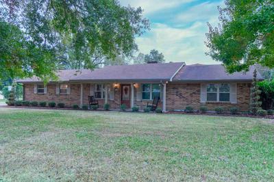 2101 HENDRICKS ST, Gladewater, TX 75647 - Photo 1