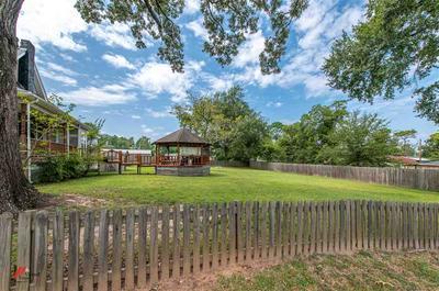280 S STONEWALL ST, Tatum, TX 75691 - Photo 2