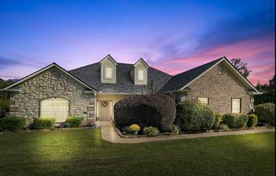 170 TOWERING OAKS LN, Longview, TX 75602 - Photo 1