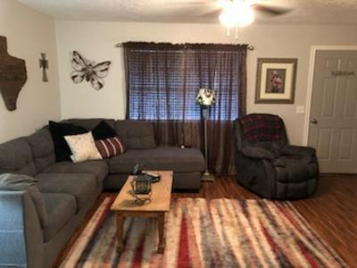 537 KELLEY ST, Carthage, TX 75633 - Photo 2