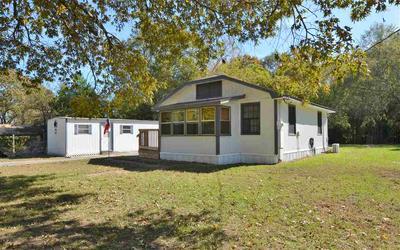 1316 E HENDERSON ST, Overton, TX 75684 - Photo 2
