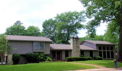 1700 SLAYDON ST, Henderson, TX 75654 - Photo 1