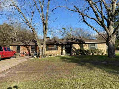 320 GRAY ST, HENDERSON, TX 75652 - Photo 1