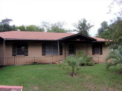211 E WILLIAMS ST, CARTHAGE, TX 75633 - Photo 1