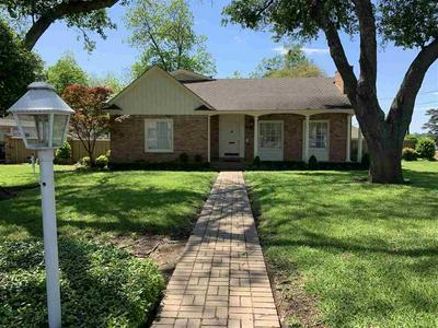 1100 COLLINS ST, Henderson, TX 75654 - Photo 1