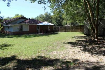 702 CANFIELD ST, Gladewater, TX 75647 - Photo 2