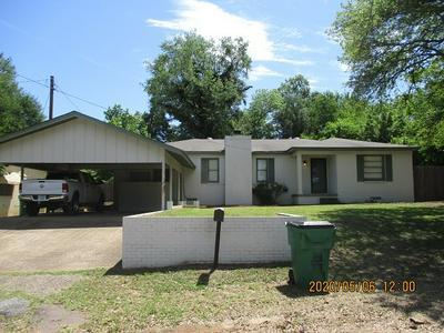 1207 WALNUT ST, HENDERSON, TX 75654 - Photo 1