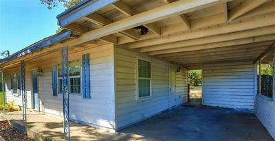 2003 S GROVE ST, Marshall, TX 75670 - Photo 2