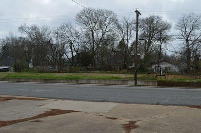 700 E GRAND AVE, Marshall, TX 75670 - Photo 1
