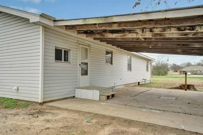 476 STADIUM LN, VAN, TX 75790 - Photo 2