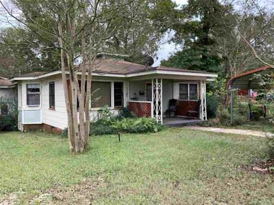 2002 WILSON ST, Marshall, TX 75670 - Photo 1