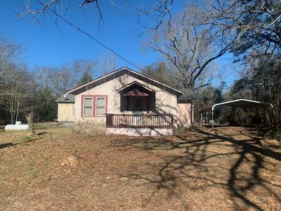 8413 W GOFORTH RD, Kilgore, TX 75662 - Photo 1