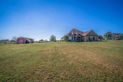 125 WENDY ACRES AVE, Longview, TX 75602 - Photo 2