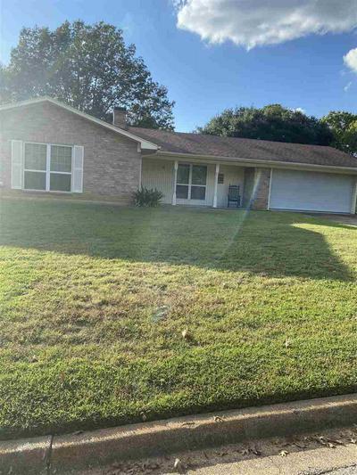 907 PANOLA CT, Longview, TX 75604 - Photo 1