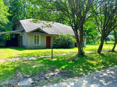410 N VALE ST, Jefferson, TX 75657 - Photo 1