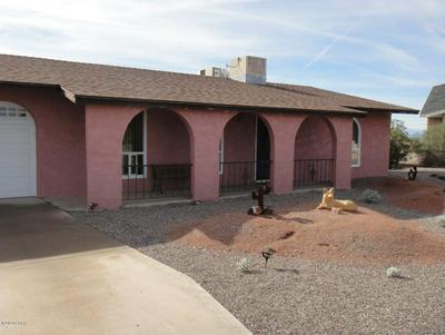 561 GEM LN, Lake Havasu City, AZ 86403 - Photo 2