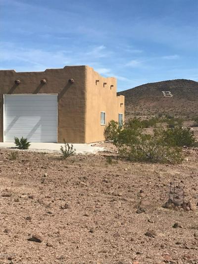 27236 BLACK MOUNTAIN RD, Bouse, AZ 85325 - Photo 1