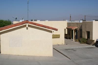 2101 HOLLY AVE, Lake Havasu City, AZ 86403 - Photo 2