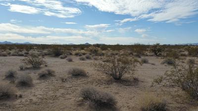 52104 FRANKS CIRCLE CIR, Bouse, AZ 85325 - Photo 1