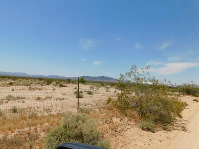48646 SOLAR LN, Bouse, AZ 85325 - Photo 2