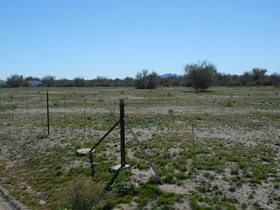 43075 ARIZONA HWY 72, Bouse, AZ 85325 - Photo 2
