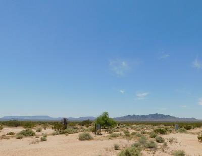 48646 SOLAR LN, Bouse, AZ 85325 - Photo 1