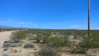 -3072 ANEGAM RD, Yucca, AZ 86438 - Photo 2
