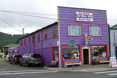 102 OREGON COAST HWY, Rockaway Beach, OR 97136 - Photo 2