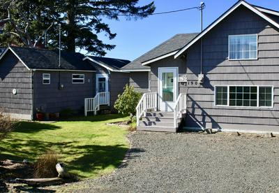 190 NW MAPLE ST, Waldport, OR 97394 - Photo 2