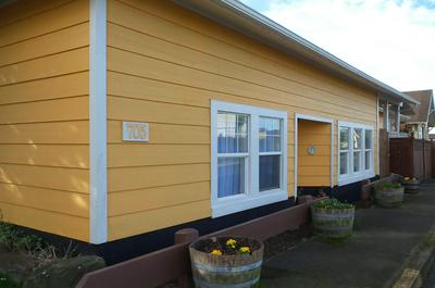 705 SW 2ND ST, Newport, OR 97365 - Photo 1