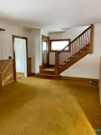 1852 WALLACE AVE, Duluth, MN 55803 - Photo 2