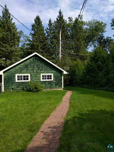 1004 GRANDVIEW AVE, Duluth, MN 55812 - Photo 2