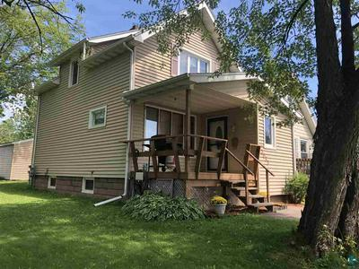 3053 CHESTNUT ST, Duluth, MN 55806 - Photo 1