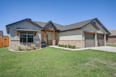 1103 16TH ST, Shallowater, TX 79363 - Photo 2