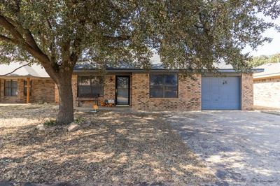 9614 DOVER AVE, Lubbock, TX 79424 - Photo 1